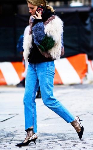 Muon mac jeans dep, nhat dinh phai co 4 kieu giay-Hinh-3