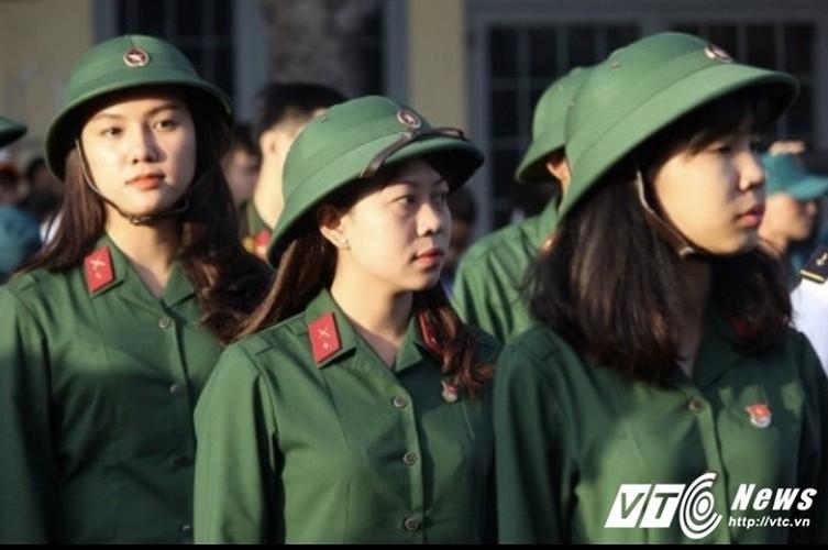 """Bat mi lai lich """"nu xa thu"""" xinh dep Tran Thi Giao Linh-Hinh-4"""