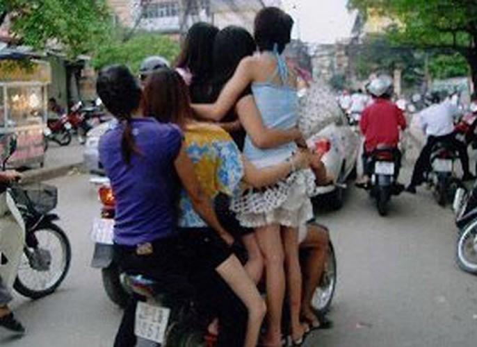 Hoang mang voi cac pha tham gia giao thong khong tuong-Hinh-2