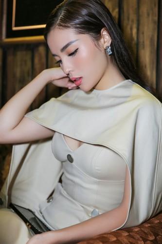 Co that Ky Duyen giam can de co guong mat thon gon-Hinh-4
