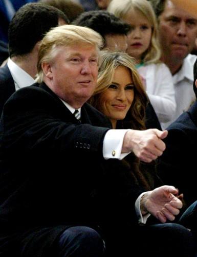 Hinh anh tinh tu cua ong Trump va ba Melania-Hinh-7