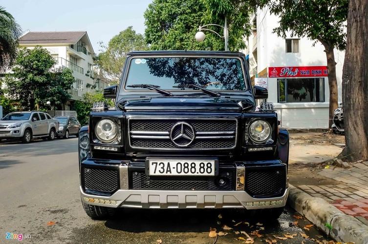 SUV Mercedes G63 tien ty truoc cua nha Cuong Do La-Hinh-2