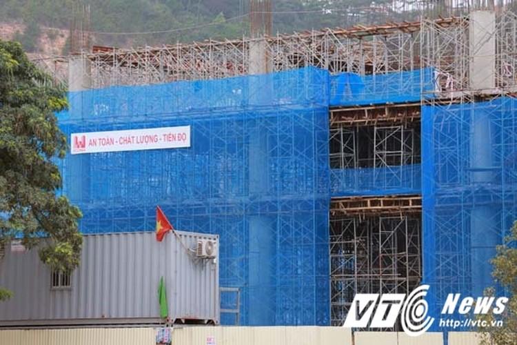 Can canh toa nha ngan ty cua TKV tai Quang Ninh-Hinh-7