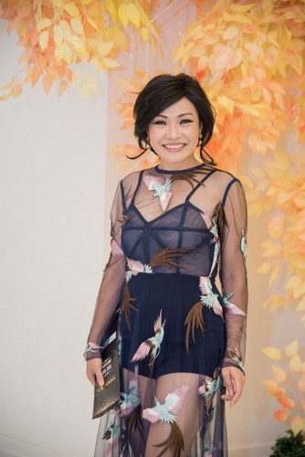 Bien hoa voi toc gia va phu kien, Phuong Thanh gay bat ngo-Hinh-11