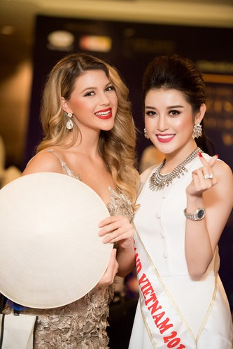 "Bi che thu dong, Huyen My khoe clip ""tam"" voi Top 5 Miss Grand-Hinh-3"