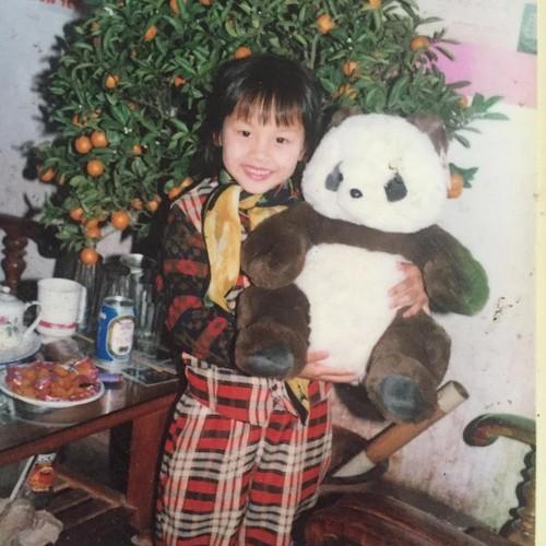 Anh tre trau dang yeu cua sao Song chung cung me chong-Hinh-4