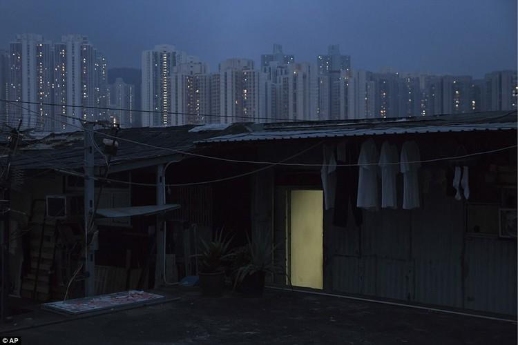 "Am anh ""can ho quan tai"" trong khu o chuot Hong Kong-Hinh-7"