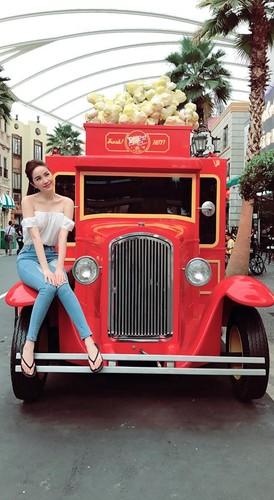 Sao Viet khoe chan dai voi mot quan jeans skinny-Hinh-5
