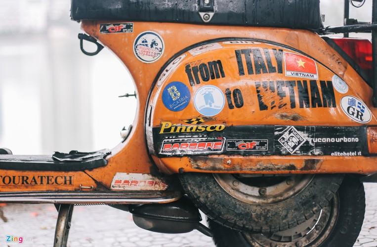 Chang trai di xe may tu Italy den Viet Nam trong 10 thang-Hinh-15