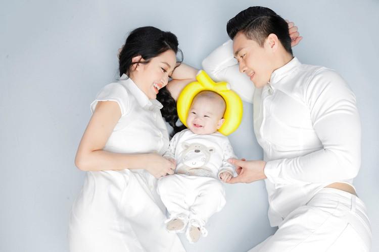 Ve rang ro cua con trai Hoang tu xiec Quoc Co-Hinh-2