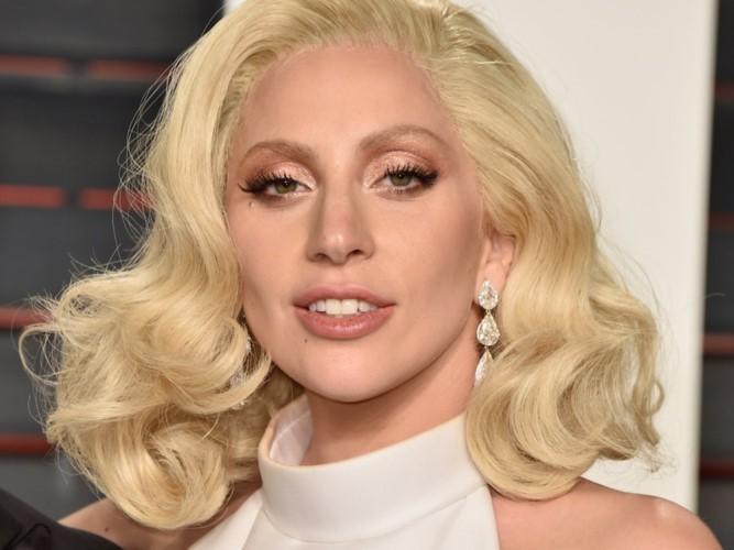 """Lady Gaga: Tu ca si """"quai di"""" tro thanh quy co thanh lich-Hinh-13"""