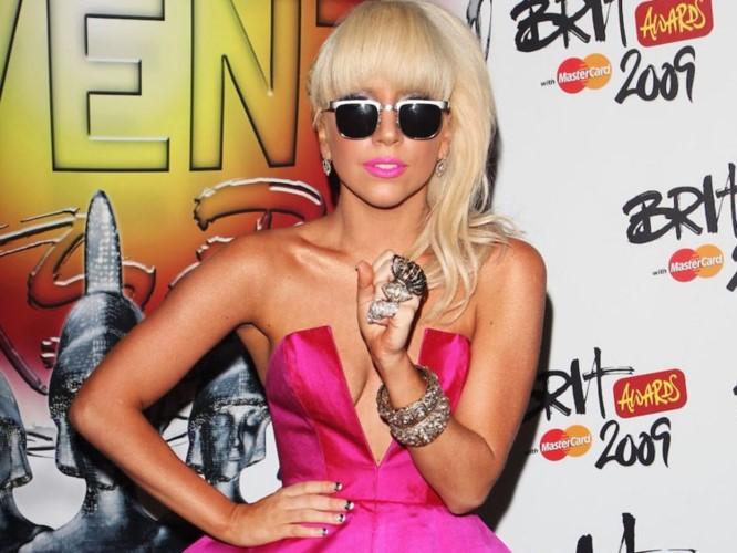 """Lady Gaga: Tu ca si """"quai di"""" tro thanh quy co thanh lich-Hinh-2"""