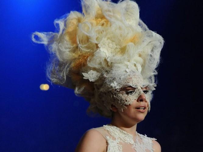 """Lady Gaga: Tu ca si """"quai di"""" tro thanh quy co thanh lich-Hinh-6"""