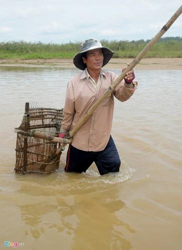 Gian nan nghe cao don nhui hen duoi day song Tra Khuc-Hinh-4