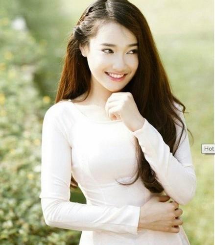 7 hot girl Viet gay sot mang quoc te-Hinh-2