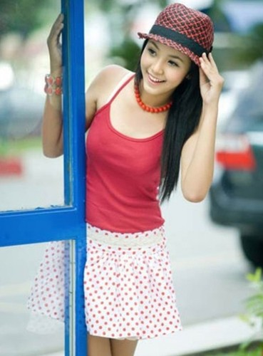 7 hot girl Viet gay sot mang quoc te-Hinh-4