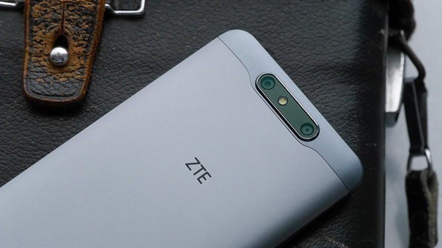 Loat smartphone khung sap dung do tai trien lam the gioi 2017-Hinh-11