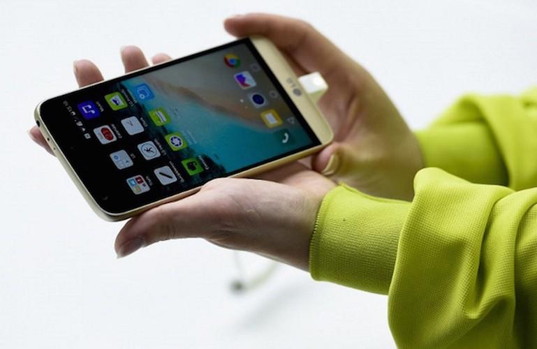 Loat smartphone dinh dam trinh lang trong thang 3-Hinh-2