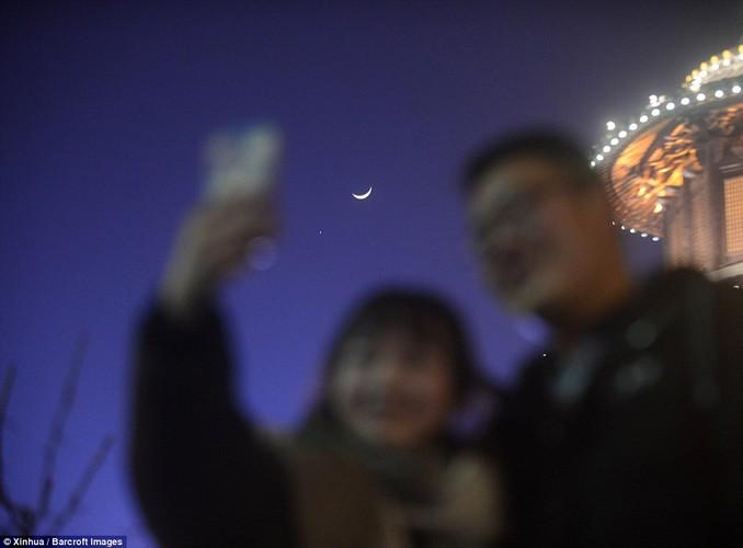 Hiem co canh sao Hoa, sao Kim, Mat trang cung xuat hien-Hinh-5