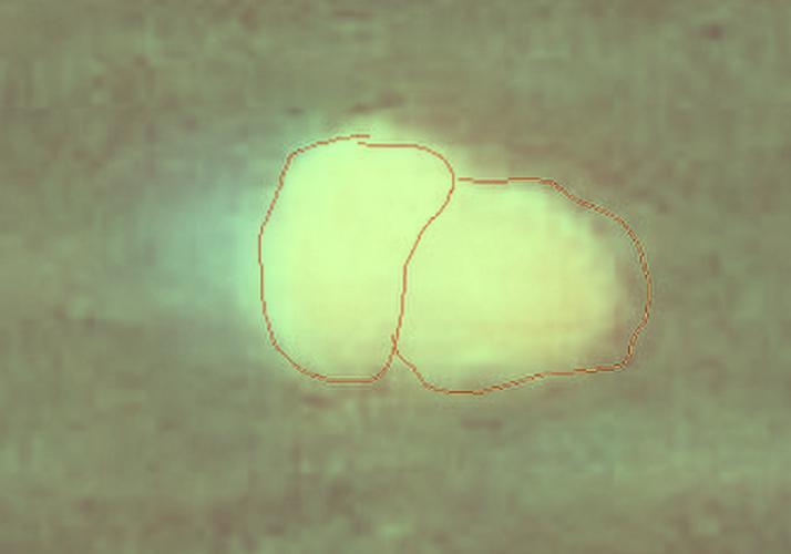 Vat the la nghi UFO xuat hien trang xoa tren mat bien-Hinh-5