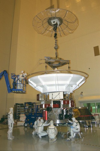 Anh quy hiem chup can canh dien mao tau vu tru Cassini cua NASA-Hinh-7