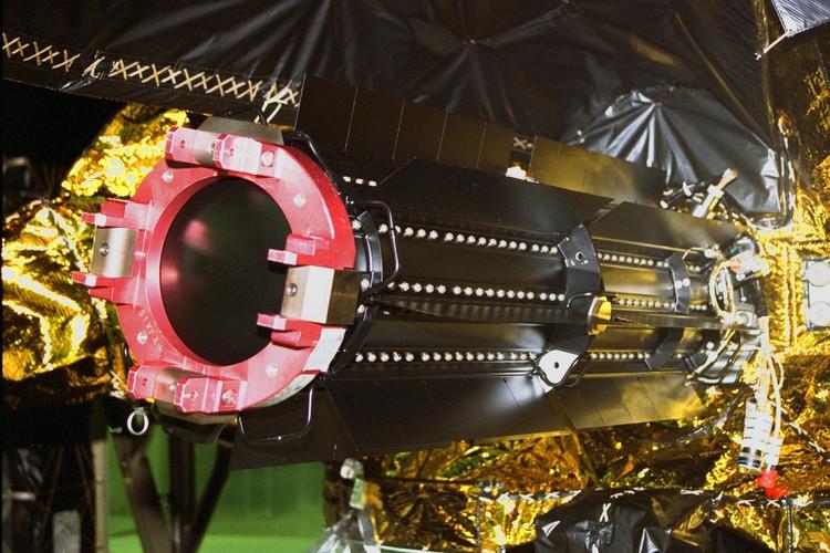 Anh quy hiem chup can canh dien mao tau vu tru Cassini cua NASA-Hinh-8
