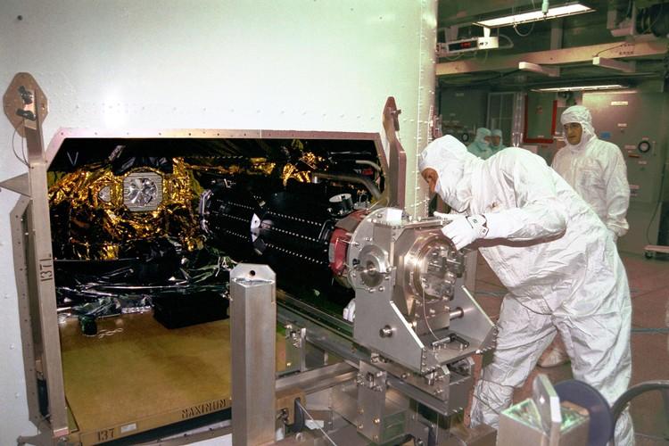 Anh quy hiem chup can canh dien mao tau vu tru Cassini cua NASA-Hinh-9