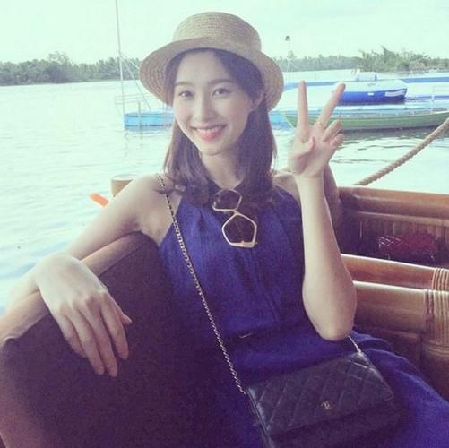 Than tien ty ty Dang Thu Thao dot mat fan moi lan ra bien-Hinh-10