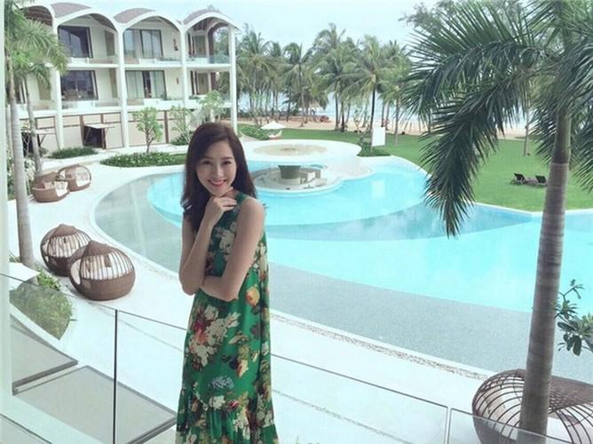 Than tien ty ty Dang Thu Thao dot mat fan moi lan ra bien-Hinh-3