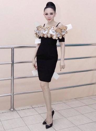 Het hon voi thoi trang cua Toc Tien o The Voice 2017-Hinh-9
