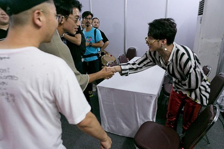 Nhin Son Tung M-TP the nay han la nhieu nguoi se nguong-Hinh-2