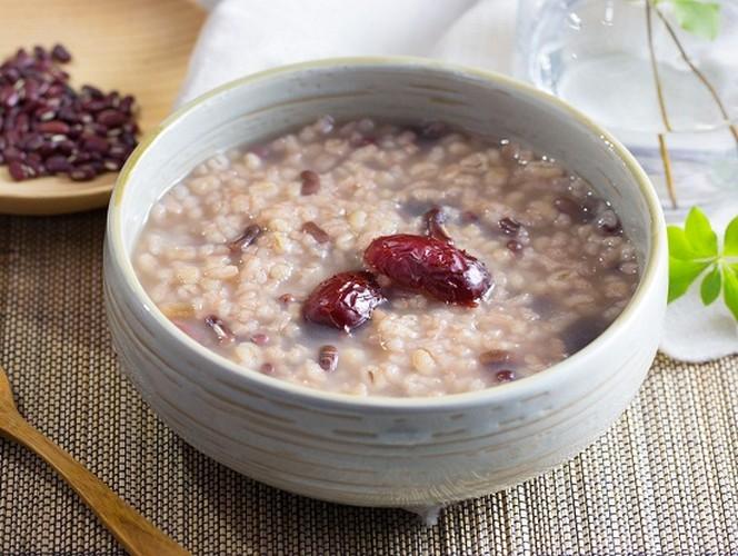 Do nep: Mon khoai khau bo duong nhung suot doi mang tieng xau-Hinh-9