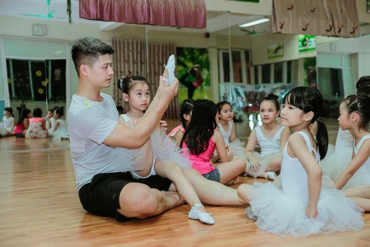 """Hoang tu ba le Viet Nam chi cach lam dep khien chang """"do xieu veo""""-Hinh-8"""