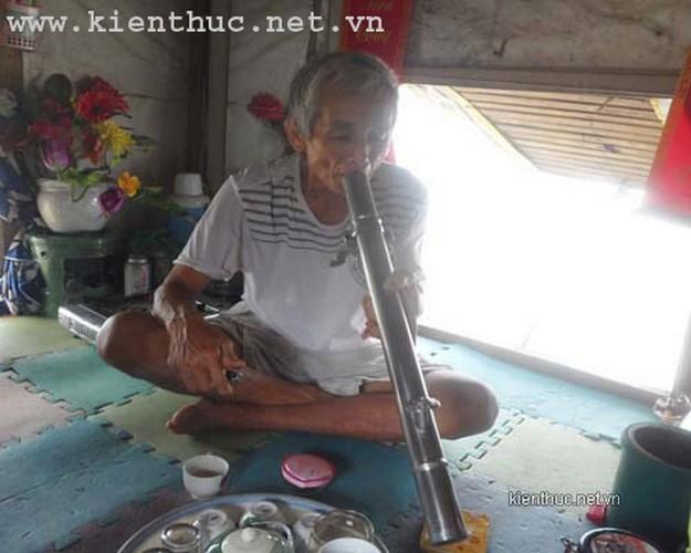 """Nhung chuyen tinh """"vo nhat"""" cam dong o Viet Nam-Hinh-6"""