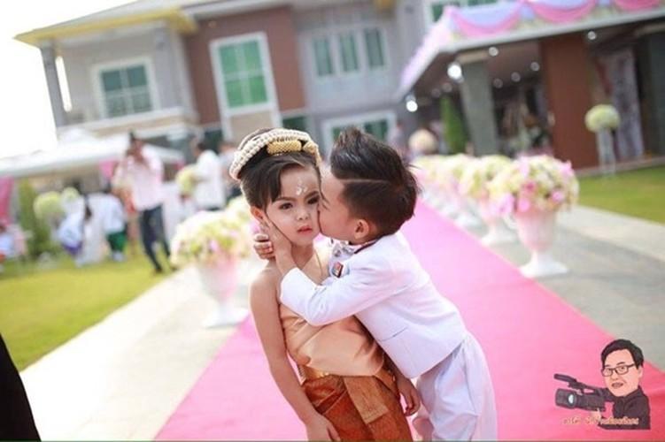 Cam dong dam cuoi co tich cua nhung cap doi di thuong-Hinh-8