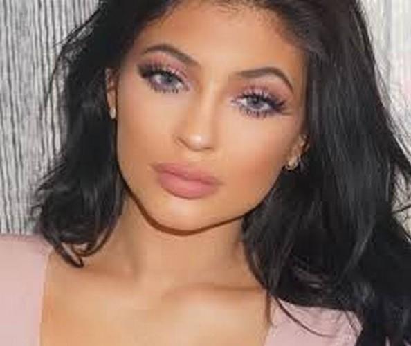 Doc chieu tri mun hieu qua cua chi em nha Kim Kardashian-Hinh-8