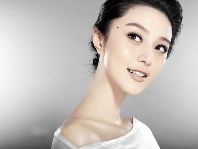 Phu nu co not ruoi nay, coi chung kho vi tinh-Hinh-5