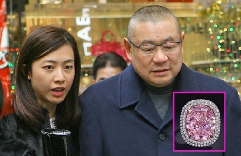 Ty phu Hong Kong viet thong cao bao chi ly di vo-Hinh-7
