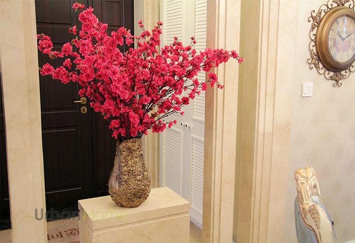 Muon kieu trang tri nha dep voi hoa dao don Tet-Hinh-5