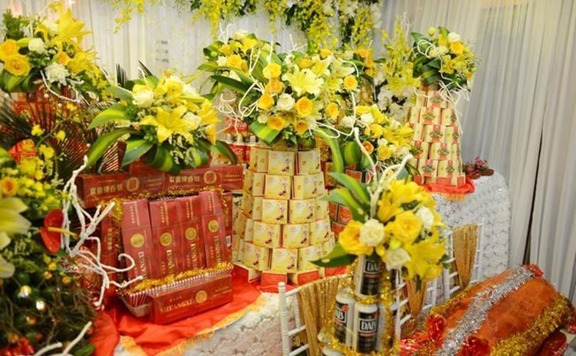 Loat qua cuoi khung chong dai gia tang Hoa hau Thu Ngan-Hinh-7