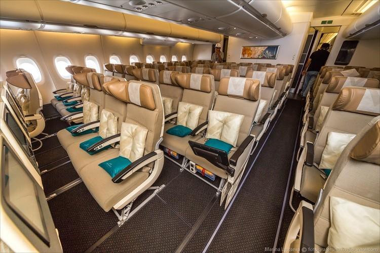 Ben trong may bay sang trong nhat the gioi Airbus A380-Hinh-11