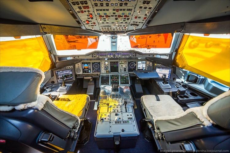 Ben trong may bay sang trong nhat the gioi Airbus A380-Hinh-13