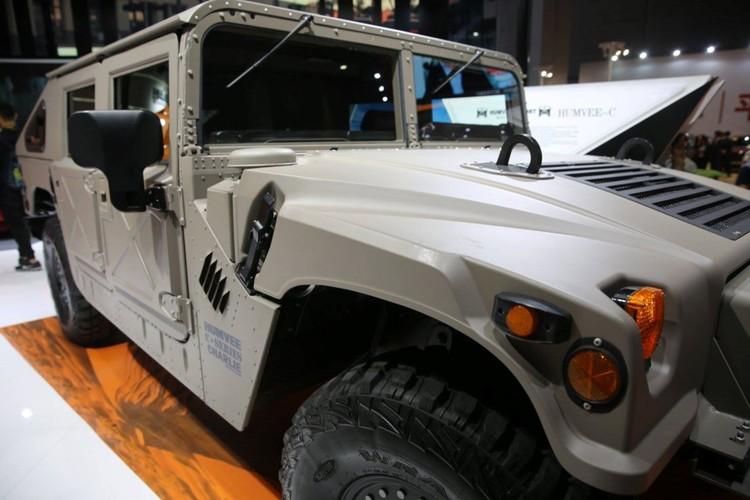 """SUV da chien """"nhai"""" Hummer cho nguoi giau Trung Quoc-Hinh-3"""