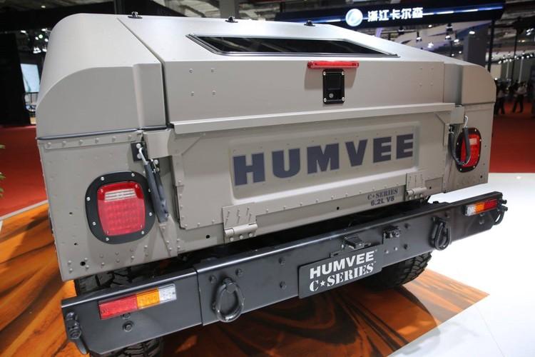 """SUV da chien """"nhai"""" Hummer cho nguoi giau Trung Quoc-Hinh-5"""