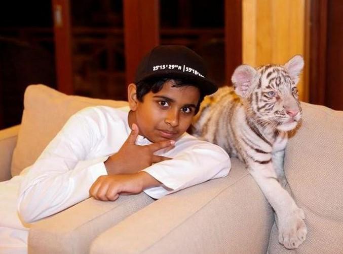 Phat soc voi cuoc song xa hoa cua thieu gia Dubai 15 tuoi-Hinh-4