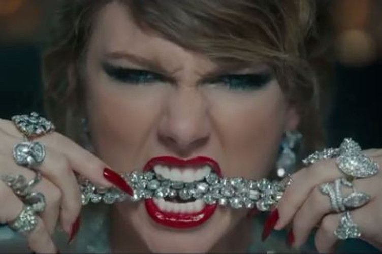 Soi kim cuong 100 trieu USD gay choang trong bon tam cua Taylor Swift-Hinh-6