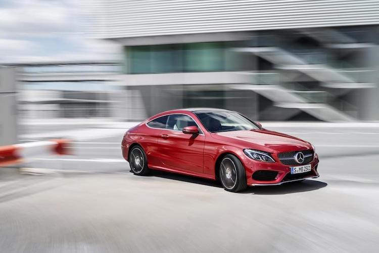 "Mercedes ra mat phien ban C-Class coupe ""sang chanh""-Hinh-7"