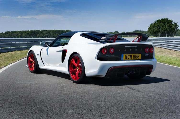Lotus Exige 360 Cup: Sieu xe Anh Quoc dung may Camry-Hinh-4