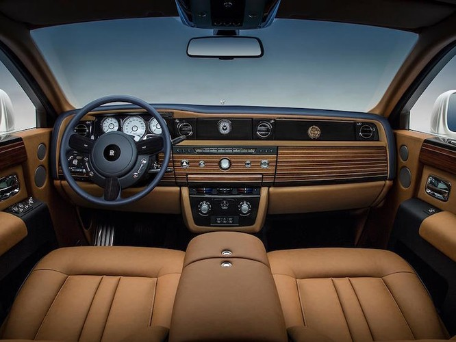 Sieu xe Rolls-Royce Phantom tro lai voi ban dac biet moi-Hinh-5