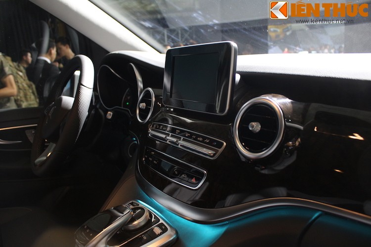 Ngam xe VAN Mercedes V220 CDI gia 2,5 ty tai Ha Noi-Hinh-8